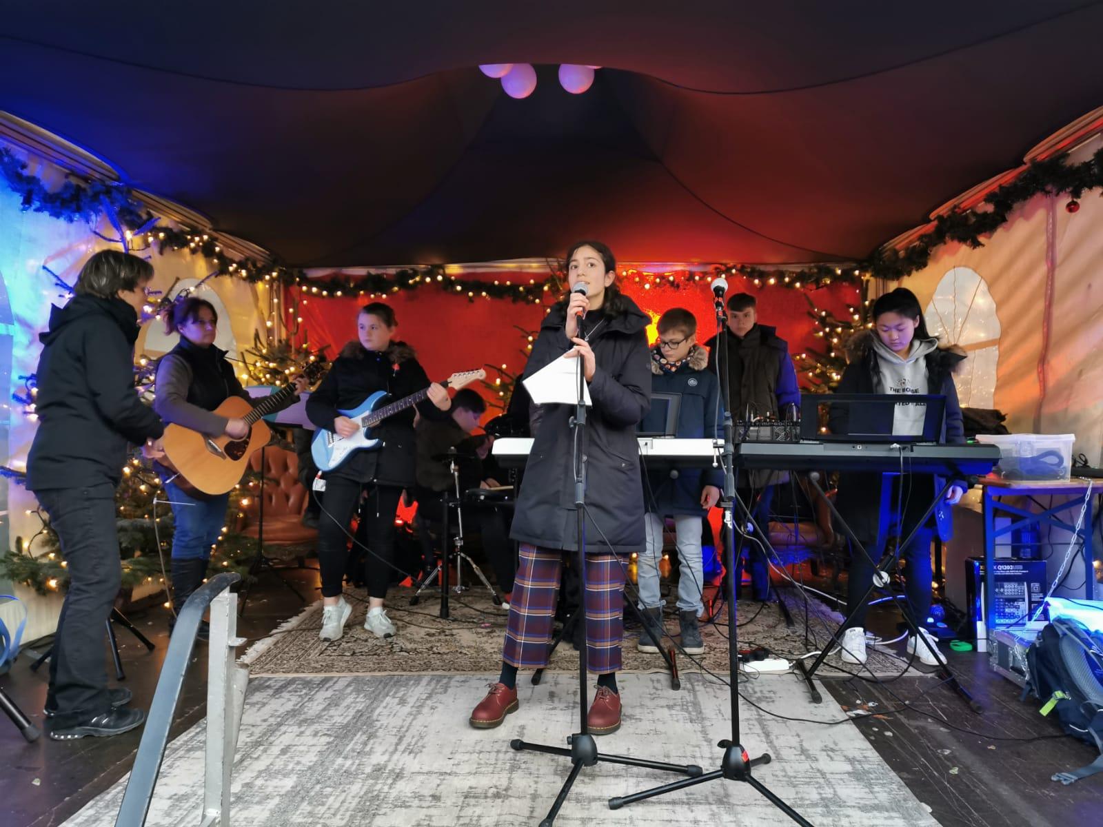 In guter Tradition:  Das AvH groovt auf dem Weihnachtsmarkt